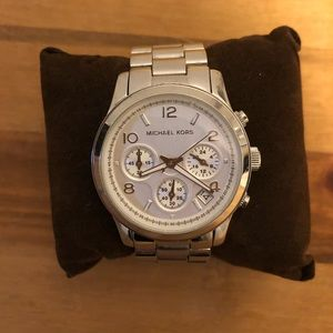 BNWT Michael Kors Watch